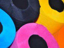 Como usa o papel higiénico?